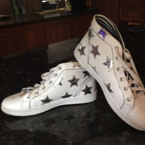 BETSEY JOHNSON WHITE TENNIS SHOES w/SILVER STARS